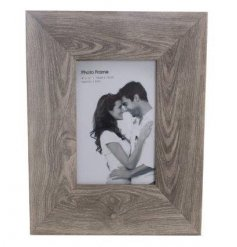 "A 4x6"" Wood Effect Frame"