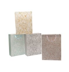 A mix of pretty lace design gift bags in pastel colours. Perfect for many occasions!