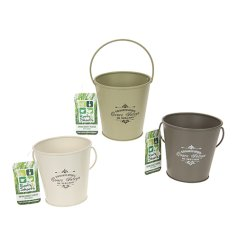 A mix of 3 green and cream vintage style buckets. Ideal for planting Spring blooms and for hampers.
