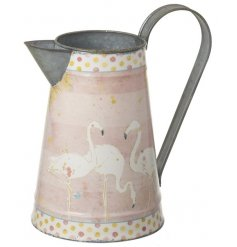 A pretty flamingo and polka dot design jug. A must have for displaying your fresh and artificial flowers.