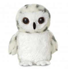This adorable little snowy barn owl is the perfect compainion for any little one in need of a friend