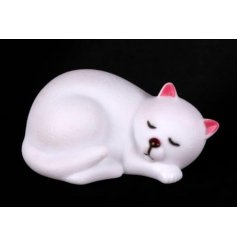 Light up your little ones bedroom with this cute LED kitten
