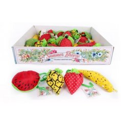 Make your shopping spree that little more colourful with these groovy fruit shaped packaway bags!