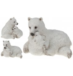 An adorable polar bear with baby ornament with a touch of sparkle. A magical ornament for the home this season.