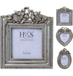 3 beautifully assorted vintage themed picture frames