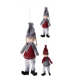 A mix of 2 charming boy and girl hanging decorations with plenty of nordic charm.