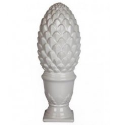 This simple yet stylish gloss finished pine cone ornament will have pride of place in any modern home