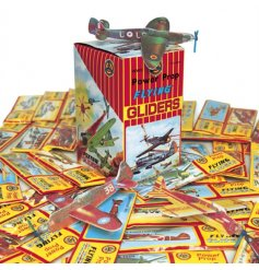 A mix of retro style power prop flying glider planes. A great pocket money priced item and toy for all to enjoy.