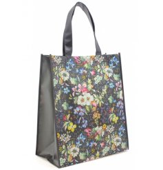 An eye catching colour coordination of pinks, blacks, blues and greens, bring in that chic style of this 'Kilburn Bloss