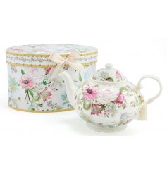 This beautiful floral themed teapot will bring a fabulously vintage feel to any kitchen