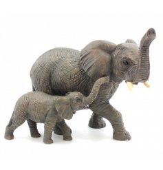 This beautifully detailed pair of mother and baby elephants make the perfect piece for any home