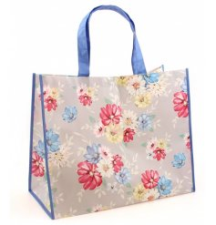 This sweet and colourful blossom designed shopper will be sure to add a fun dash of colour to any outfit in summer