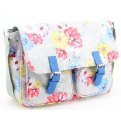 This sweet and colourful blossom designed saddlebag will be sure to add a fun dash of colour to any outfit in summer