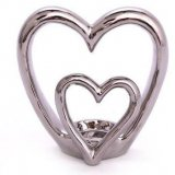 A silver double heart tealight holder