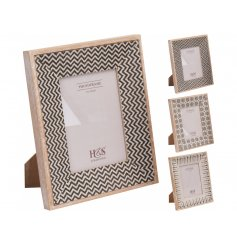 Add a jazzy wooden touch to your home with this assorted mix of picture frames,