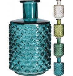 An assortment of 4 assorted bottle vases with honeycomb pattern