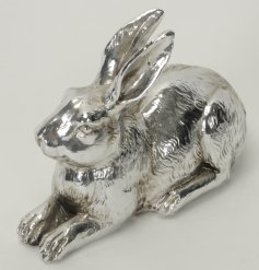 This distressed effect resin rabbit figure will add a touch of silver to any space