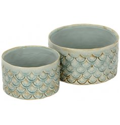 A beautifully patterned set of 2 planters