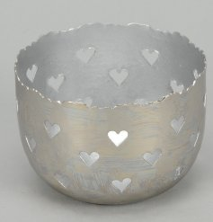 Metal Heart Tlight Holder  Add a chic feel to any home space with this stylish metal tlight bowl