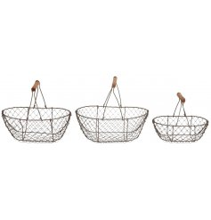 A set of 3 simple wire baskets