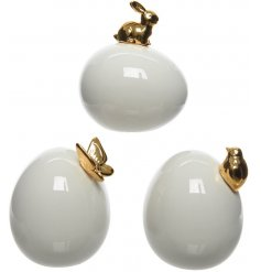Add a smooth delicate touch to your home this easter period with these quirky egg ornaments