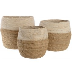 Set of 3 two-tone straw baskets
