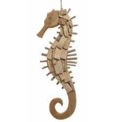 Bring a nautical touch to your home displays with this stylish driftwood seahorse