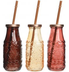 Serve your refreshing beverages in these stylish pure&warm inspired drinking glasses