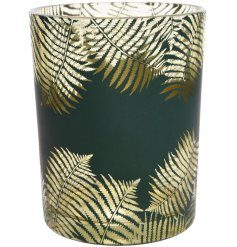 Add a black and gold glam feel to any space of the home with this chic candle pot