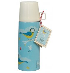 Add a spring feel to your pack up with this beautiful Blue Tit themed metal flask