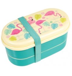 Show off your epic lunch meals in this stylish flamingo themed bento box!