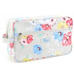 Keep your washing necessities at hand when traveling with this quirky floral print wash bag