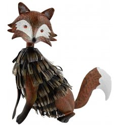 Bring to your garden a touch of the wild life with this beautifully finished fox metal figure