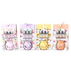 4 floral watercolour poil burners with 3 scented oils