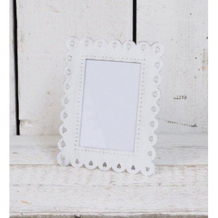 White Metal Shabby Chic Photo Frame | 37535 | Homeware / Photo ...