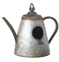 Bring a vintage inspired style to any garden space with tis Teapot inspired bird house