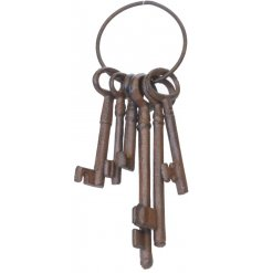 Add a distressed feel to any space of the home or garden with these cast iron key decorations