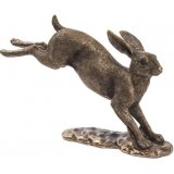 Make a statement with this chic country living boxing hares ornament.