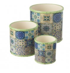 Bring a boho chic touch to your living spaces or garden with this stylish set of colourful planters