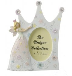 Add a glittery touch to any princess inspired room with this resin fairy princess frame