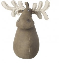 This simplistic little sitting stag door stop will bring a tanned trend to any home