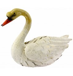 Add a delicate swan touch to your garden space with this beautifully finished Swan garden ornament