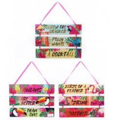 Bring a totally tropical touch to any summer party or BBQ with this funky assortment of hanging tiered plaques