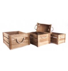 Add a chic and simplistic touch to any home space or display with this assorted set of sized crates.