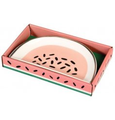 Keep any loose jewellery safe with this smoothly finished watermelon slice porcelain trinket dish