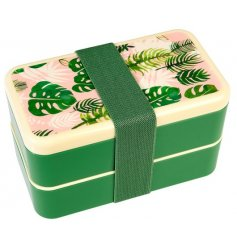 Bring a touch of the tropics to your lunch times with this quirky pink and green themed plastic bento box