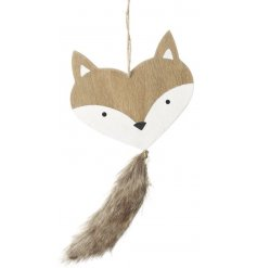 Add a touch of the woodlands to your christmas tree this year with this sweet little hanging fox head