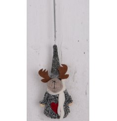 Made up with its cozy grey knitted decal and bouncy hanging spring, this little fabric reindeer decoration is a great ad