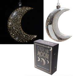 Let a cozy glow seep into the nights darkness with this beautiful hanging glass moon decoration