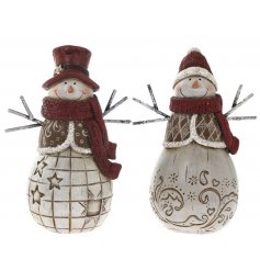 Bring a sweet little festive touch to your home decor this Christmas with this jolly assortment of resin snowmen figures